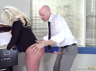 big butt blonde blowjob
