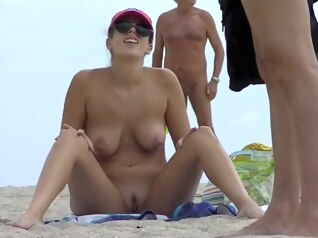 beach big tits blonde