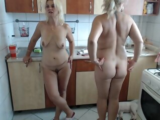 big tits blonde masturbation